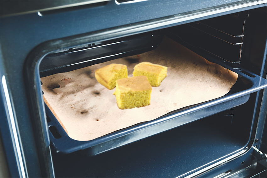 How to reheat cornbread in the oven