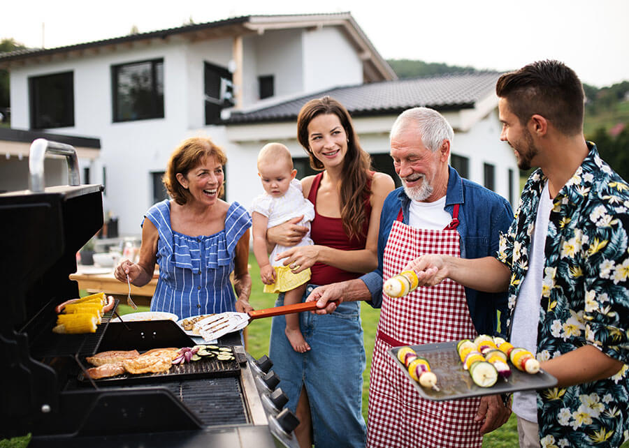 4 burn gas grill in big BBQ parties